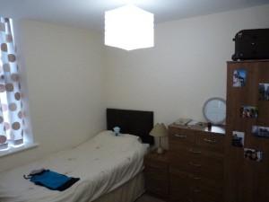 Apartment down Ravenworths Rd