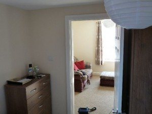 Apartment down Ravensworth Rd