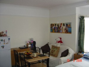 Room in a share house down Chequer Rd
