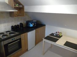 Self Contained One Bed flat, Town Centre, Ravensworth Road
