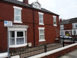 One Bed Flat, share Kitchen, Town Centre, Ravensworth Road